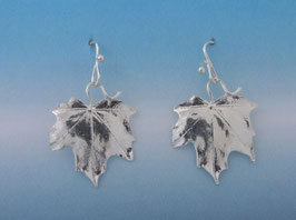 Maple Leaf on French Wire L 5 S FW