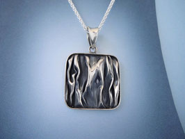 Wave Square Pendant
