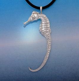Sea Horse Pendant  Large  S 14 P