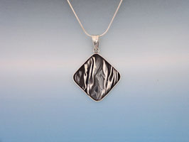 Wave Diamond Pendant