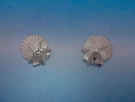 Medium Scallop Earring With Starfish S 10 AS ER