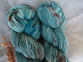 welthase bfl sporty DK sprinkle egg blue, dyed and speckled