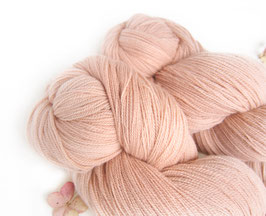 welthase angel lace nude