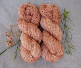 welthase tweed fingering brown sugar  * dyed to order