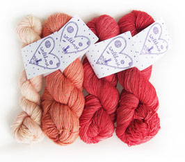 KIT SIAM LOVE colourway rosen
