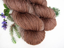 welthase yak lace cinnamon