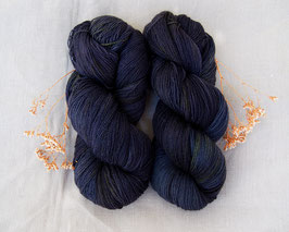 welthase angel lace deep ocean at night