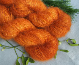 welthase kidsilk mohair deep pumpkin