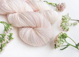 welthase glamour lace porcelain