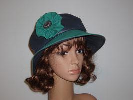 Chapeau de pluie bleu et vert