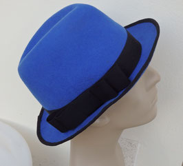 Chapeau borsalino en feutre bleu