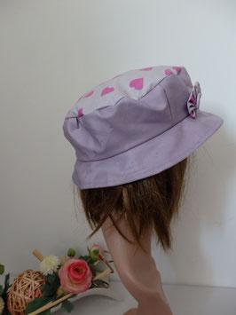 Un amour de chapeau imperméable