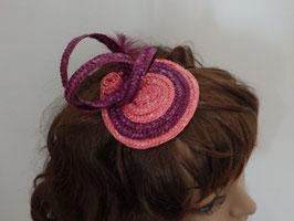 Bibi en paille  rose et mauve avec volutes et plume