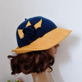chapeau à bord avec un mélange de tissu et de suédine