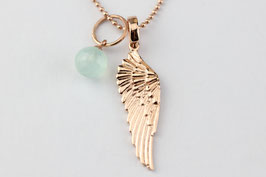 Rose vergoldete Kette mit Aqua-Calcedonkugel und Flügel