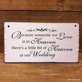 Schild Hochzeit Verstorbene aus Holz. Gedenken an tote Familienmitglieder auf der Hochzeitsfeier.