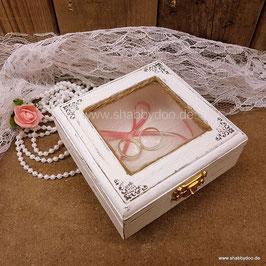 Ringkissen Ringkästchen aus Holz mit Spitze in weiß für Hochzeit vintage shabby ( Modell Annabell )