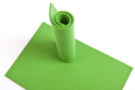 Wollfilzplatte 33 x 45 cm , 3mm Grassgrün Farbe13