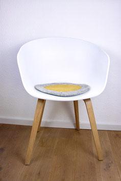 Sitzkissen Spiegelei Handgefilzt grau /senfgelb