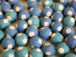 30 Filzkugeln Fliegenpilz blau
