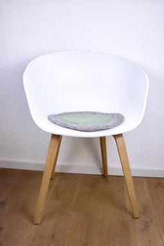 Sitzkissen Spiegelei Handgefilzt grau /mint grün