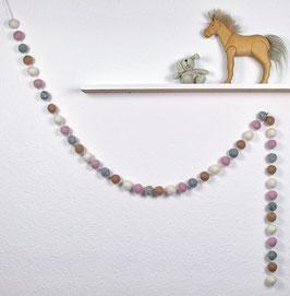 Filzball Girlande in rosa, grau, altrosa, weiß