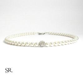 Perlenkette Zarte Eleganz Glitzerperle ivory