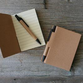 Notizblock mit Schreiber
