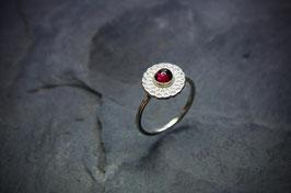 Granat-Mandala Ring