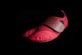 Red Toe-Bi