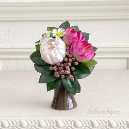 商品名  ウォーターリリーとマムの供花