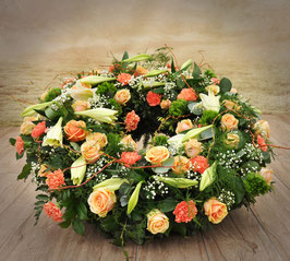 Trauerkranz, rund gesteckt, Orange Töne (#0226-Orange)