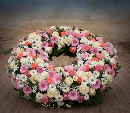 Trauerkranz, rund gesteckt, Rosa Töne (#0226)