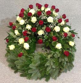 Trauerkranz, klassisch mit roten Rosen (#0201)