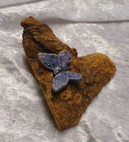 Holz mit Schmetterling lila