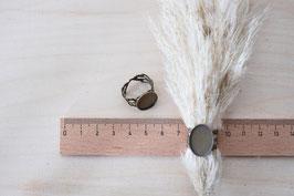 Ringfassung oval mit Verzierung