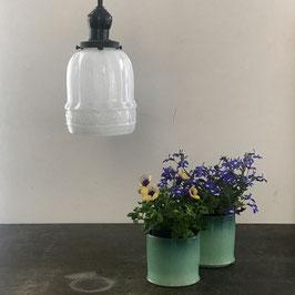 型吹きガラス/スミレ文乳白ランプシェード