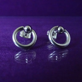 SteelStealth - Silver Steel Ear Studs