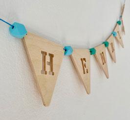 Wimpelkette | Buchstaben | Initialen Geschenk zur Geburt | Namensgirlande aus Holz | personalisiertes Namensschild