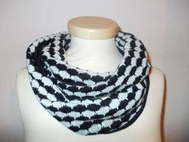 Loop schwarz-weiß