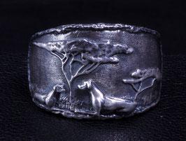 """Ring:Rhodesian Ridgeback Hündin mit Welpe in """"Antik-Look"""""""