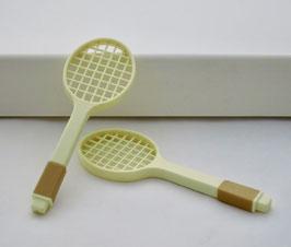 2509 Raquette de tennis