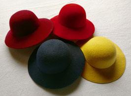 2201 Chapeau de fille