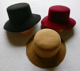 2203 Chapeau dames plat
