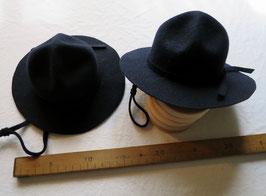2212 Chapeau de Ranger