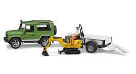 Land Rover Defender Station Wagon mit Einachsanhänger, JCBMikrobagger 8010 CTS und Bauarbeiter