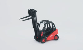 Linde Gabelstapler H30D mit Anhängerkupplung und 2 Paletten