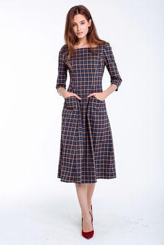 Tailliertes Kleid, kariert