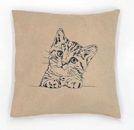 Kissenhülle: Schwarze Katze auf hellbeigem Stoff, Rückseite: Ro/weiß kariert, Alcantara Imitat (hochwertiges Velourslederimitat)
