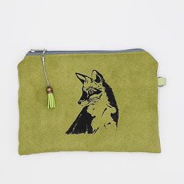 Fuchs auf grünem Stoff, Alcantara Imitat (hochwertiges Velourslederimitat)